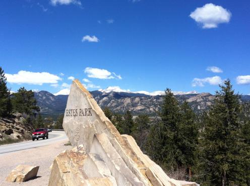 Estes Park and Rocky Mountain National Park are among the prettiest places in Colorado!