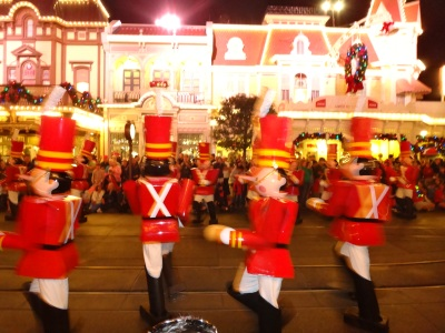 The tin soldiers were my favorite! An actual marching band playing their trumpets through the hole in the mask!