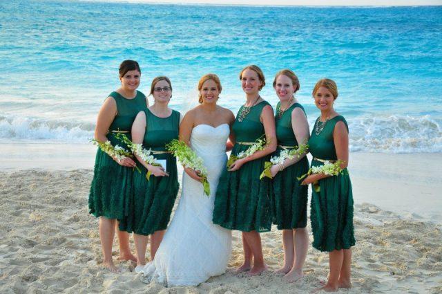 My last beach vacation - I miss large bodies of water!  Isn't Mrs. BakeNBurn beautiful?